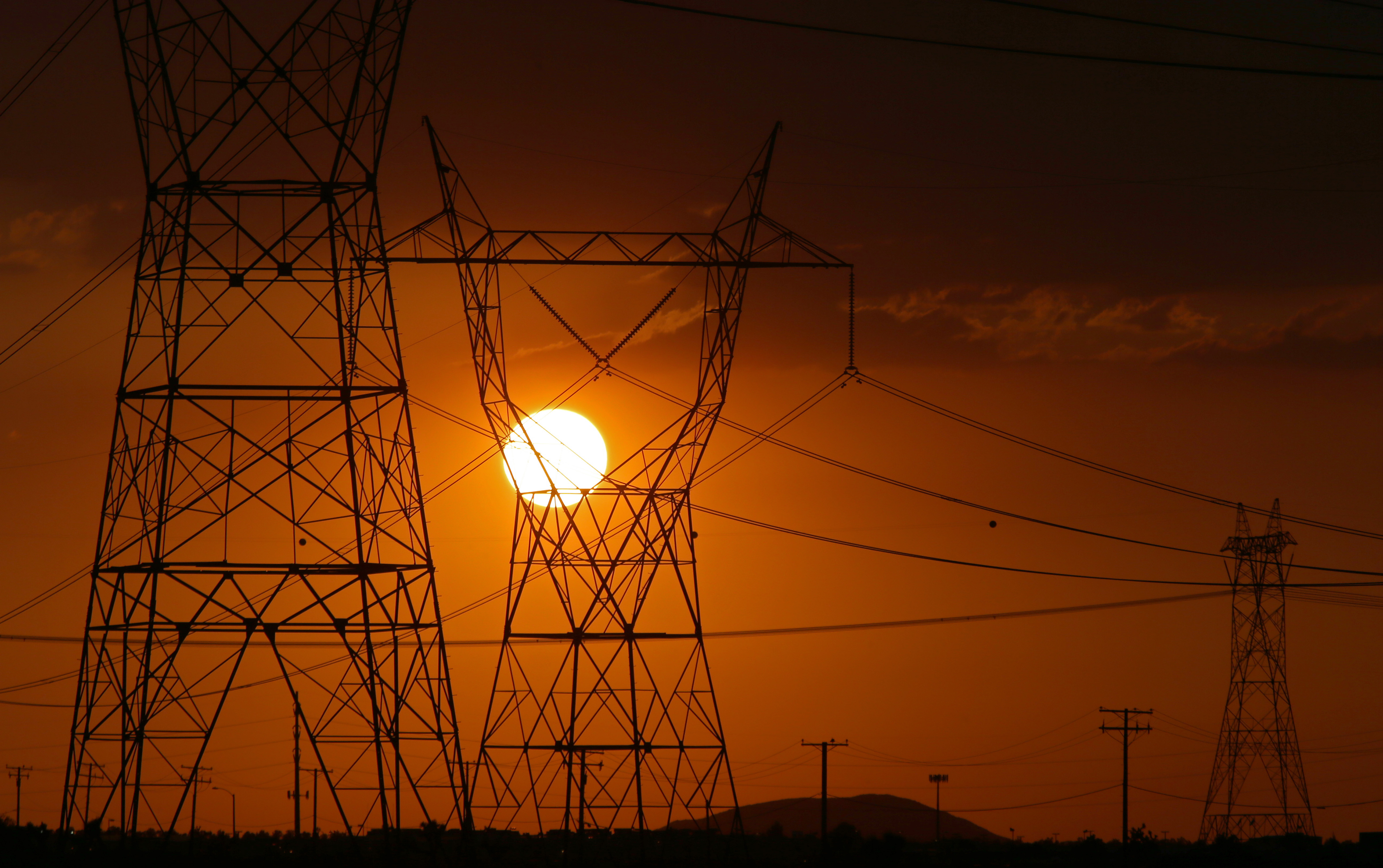 Newsom issues emergency proclamation to free up extra sources of power